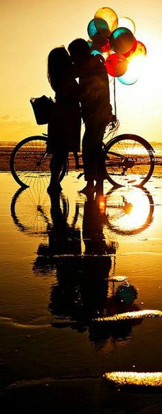 No dia em que você , conhece , uma pessoa e acaba tendo convivência , você , vai aprendendo a amar a cada dia , e um dia esse amos , é capaz de querer algo amais , e um dia resolvem se casar . O dia perfeito acontece , e eles vão para casa e se amam se consolam , brigam , brincam , alegram-se . E sabe , o mais importante de tudo , é que Deus que sempre esteve , e sempre vai estar no controle da situação . Eduarda Fagundes
