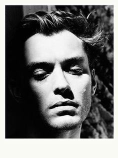 Helmut Newton 2001 Jude Law