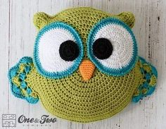 Ollie the Owl Pillow Crochet pattern by One and Two Company Crochet Owl Pillows, Owl Crochet Patterns, Crochet Owls, Burlap Pillows, Crochet Home, Crochet Animals, Decorative Pillows, Owl Pillow Pattern, Animal Pillows