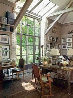 I would love to have this as a home office; maybe do my law work. #10yearsfromnow.