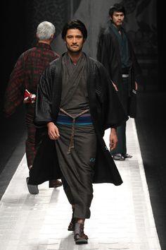 [No.3 / 109] JOTARO SAITO 2013 ~ 14 Fall Winter Collection | Fashionsnap.com