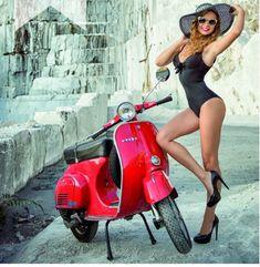 Scooter and Vespa Girls Pangels Best Mix Vespa Scooters, Piaggio Vespa, Lambretta Scooter, Motor Scooters, Vintage Vespa, Vespa Girl, Scooter Girl, Biker Chick, Biker Girl