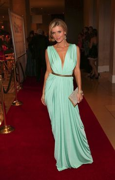 Joanna Krupa has excellent style!