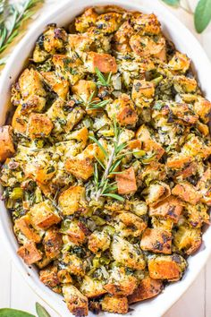 Classic Traditional Thanksgiving Stuffing Nothing frilly or trendy Classic amazing easy homemade stuffing that everyone loves Simple ingredients with stellar results Itl. Stuffing Recipes For Thanksgiving, Thanksgiving Traditions, Thanksgiving Side Dishes, Holiday Recipes, Recipes Dinner, Make Ahead Stuffing, Thanksgiving Desserts, Best Stuffing Recipe, Dinner Ideas