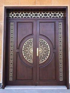 Are you looking for the best wooden doors for your home that suits perfectly? Then come and see our new content Wooden Main Door Design Ideas. Wooden Front Door Design, Main Entrance Door Design, Double Door Design, Main Gate Design, Wooden Front Doors, Modern Front Door, Entrance Doors, Patio Doors, Wooden Double Doors