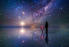 KAGAYA @KAGAYA_11949  6月25日 一番気に入っている自撮り写真です。 (梅雨空なので過去の写真から、南米ウユニ塩湖にて撮影)