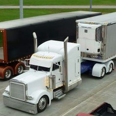 Decked out White Peterbilt