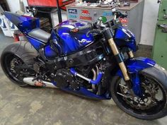 FAT Tire Front | Street Fighter Busa | Suzuki Hayabusa GSX1300R | http://www.PashnitBusa.com |  #pashnit #hayabusa
