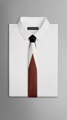 Engineered Graphic Print Tie | Burberry