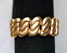 Bugbee and Niles Co. Vintage Expansion Bracelet  I've just now discovered this wonderful style of expansion bracelet! So easy to wear, no pinching or grabbing the hair on your arm.