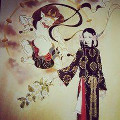 マンガ家【山岸涼子】1949年にデビューをした大御所マンガ家の彼女。スタートは少女マンガ。しかし、そこから現在までの彼女の作品は少女マンガという枠を超え、人の心理、恐怖、不安などを描き続けています。もっと深くて濃いマンガを欲している、あなたにぴったりの【山岸涼子】作品をご紹介します。