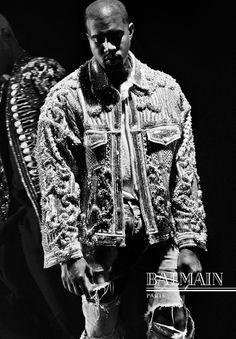 Kanye West na campanha de inverno 2017 da Balmain (Foto: Divulgação)