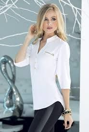 Resultado de imagen para blusas elegantes Elegant Office Wear, Cool Outfits, Fashion Outfits, Womens Fashion, Look Legging, Modelos Fashion, Dress Neck Designs, Black White Fashion, Blouse Dress