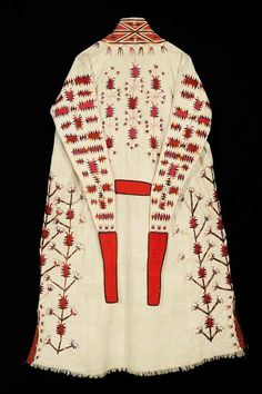 """""""Chyrpy"""", turkoman women's head-robe, traditional costume, 19th century, silk embroidery on cotton cloth. Nomads ethnic textiles, Central Asia."""
