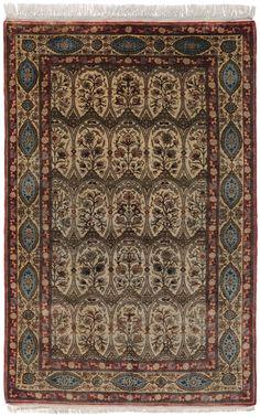Schuler Auktionen Zürich  Ghom-Seide  Z-Iran, um 1940. 137x220 cm (ft. 4.5x7.3).