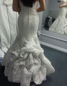 Los Angeles Wedding Planner, Carmen Fuentes,explains the different types of wedding dress bustles and why it's important to have more than one bustle point. Mermaid Gown, Mermaid Dresses, Wedding Gown Bustle, Bridal Gowns, Wedding Gowns, Wedding Hair, Wedding Ceremony, French Bustle, Wedding Day Wishes
