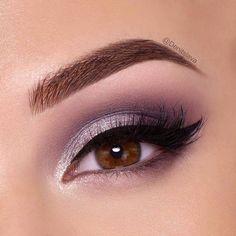 Eye Makeup Tips – How To Apply Eyeliner Purple Eye Makeup, Eye Makeup Tips, Makeup For Brown Eyes, Makeup Inspo, Eyeshadow Makeup, Makeup Inspiration, Beauty Makeup, Purple Wedding Makeup, Makeup Ideas