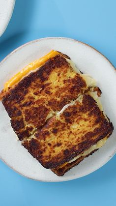 Cauliflower Grilled Cheese Cauliflower Grilled Cheese,Sandwich Fest Replace your toast with a cauliflower bread to make this grilled cheese Related posts:KosakentalerAlkoholfreie Cocktails: Coole Drinks für Kinder Low Carb Recipes, Vegetarian Recipes, Cooking Recipes, Healthy Recipes, Cooking Ideas, Bread Recipes, Real Food Recipes, Easy Recipes, Cauliflower Bread