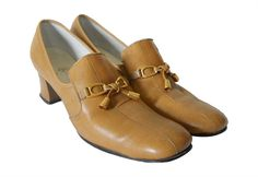 60s Shoes 60s Loafers Womens Loafers Brown Loafer Mustard Leather Shoes 60s Heels Chunky Heel Loafer Shoes with Bows Square Toe Secretary