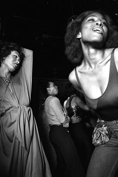 29 Pictures That Show Just How Insane Studio 54 Really Was