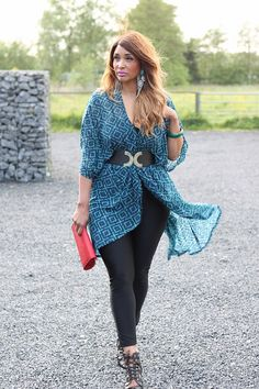 New fashion post online www.fabandluxury.com #curves #fashion #kimono