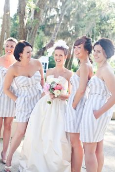 Omg. White and grey striped bridesmaid dresses. YES. And they have pockets! DOUBLE YES.