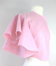 Drapey sleeve tutorial - more original sewing, but I'd attach it to a recon and sooooo simple.
