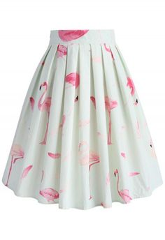 We're head over heels in love with this midi skirt with pink petals sprinkled in a soft fade from the waist to the skirt portion. - Petals pattern - Box pleats from waist - Inserted side pockets - Concealed side zip closure - Lined - 100% Polyester - Machine washable Size(cm)Length  Waist XS         72     64 S          72     68      M          72     72 L          72     76 XL         72     80 XXL      …