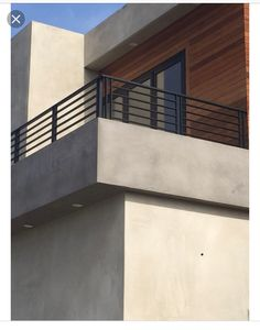 - DIY Deck Railing Ideas & Designs - Best Picture For grilling patio For Your Taste You are looking for something, and Stucco Exterior, Exterior Stairs, Stucco Homes, Exterior Design, Diy Exterior, Stucco Walls, Wall Exterior, Balcony Grill Design, Balcony Railing Design