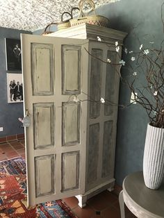 Painted Cupboard by Margie Peens using AS Chalk paint (Before and After)