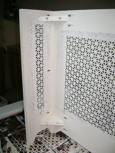 idea to make a radiator cover - Diy Projects Shabby Chic Interiors, Shabby Chic Bedrooms, Diy Radiator Cover, Decoration Entree, Kitchen Decor Themes, Home Decor, Ikea Hack, Interior Design Living Room, Home Projects