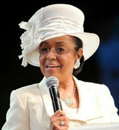 1st Lady Mae L. Blake, West Angeles COGIC  I Love her, she is so Lady-Like and I believe that she is genuine.