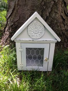 Wooden*Birdhouse*WHITE House*Chicken Wire*Primitive/French Country*Farm decor*