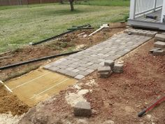 How to Build a Front Walkway | RemoveandReplace.com