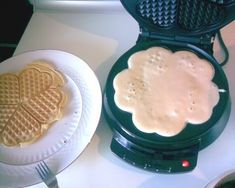 Waffles, Sweets, Breakfast, Recipes, Food, Morning Coffee, Gummi Candy, Candy, Recipies