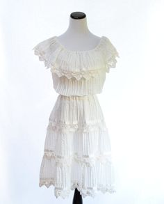 Folklore Style White Dress  // White Vintage Dress by CoolMintMoon