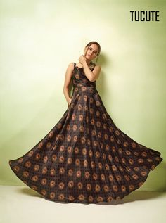 D.NO.-TC-17007 - KARMA TUCUTE VOL 17 KARMA TC-17001 TO TC-17008 SERIES - DStyle Icon Fashion Designer Gowns, Designer Wear, Designer Kurtis, Occasion Wear, Special Occasion Dresses, Wedding Gowns Online, Printed Gowns, Party Wear Lehenga, Floor Length Gown