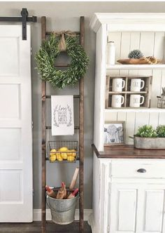 Barn door in dining room rather than hinged door.