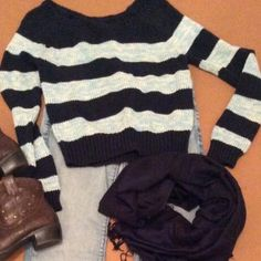 ⛄️❄️AMERICAN EAGLE SWEATER⛄️ Great rugby stripe sweater and pretty navy and baby blue stripes.. Perfect for winter with your favorite jeans and boots Like new condition American Eagle Outfitters Sweaters