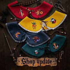 Darlings, a big Shop Update with four Hogwarts' collars will be on of June at 3 pm (GMT)! These designs are one of a kind and I think… Hand Embroidery Videos, Hand Embroidery Flowers, Embroidery Patterns, Kids Dress Wear, 3 Pm, Designs For Dresses, Girl And Dog, Collar Pattern, Fashion Sewing