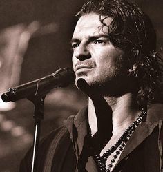 Images search results for ricardo arjona from Kingtale Technology. Nocturnal Animals, Madison Square Garden, Love To Meet, We Are The World, Song Quotes, American Artists, Movies And Tv Shows, My Music, Movie Tv