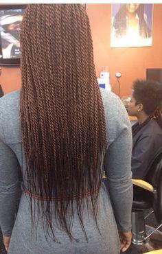 68 Senegalese Twists, die Sie versuchen sollten – all my life style Long Senegalese Twist, Senegalese Twist Hairstyles, Twist Braid Hairstyles, African Braids Hairstyles, Twist Braids, Weave Hairstyles, Girl Hairstyles, Cornrow, Wedding Hairstyles