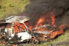 Auto, Brennen, Wrack, Feuer, Unfall, Gefahr, Flamme