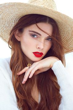 Added to Beauty Eternal - A collection of the most beautiful women. RedHeads, Created on the Day. So beautiful. Gorgeous Redhead, Beautiful Lips, Most Beautiful Women, Perfect Red Lips, Glamour, Madame, Belle Photo, Hats For Women, Redheads