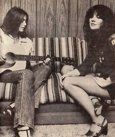 Emmylou Harris and Linda Rondstadt, 1977