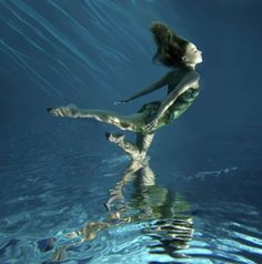 gorgeous underwater photography :)