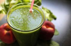 Detox has become such a buzz word and a sort of panacea for all bodily issues. You need a detox. Do a detox and your skin Healthy Juice Recipes, Nutribullet Recipes, Healthy Smoothies, Smoothie Recipes, Spinach Smoothies, Making Smoothies, Healthy Detox, Healthy Fruits, Healthy Drinks