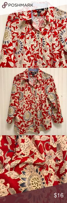 Chaps Floral Blouse Size XL No iron which is awesome not to mention the nice floral design. Pre-loved and in good shape. Size XL. The close up pic shows it's colors best.   Shop smart by maximizing your shipping $. Use the filter function and peruse my closet of over 1,000 items! Bundle and save!! Chaps Tops Button Down Shirts