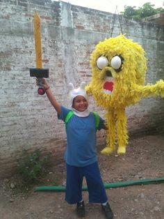 Dizfras De Finn El Humano Y Piñata De Jake El Perro(Hora De Aventura)