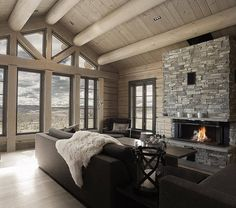 Fireplace and windows😉 Cool Rooms, Great Rooms, Cabin Homes, Log Homes, Norway House, Rustic Home Interiors, Cabin Kitchens, Dream Decor, Living Room Designs